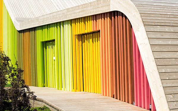 ADLER offers a wide variety of colour shades for your façade design. Let yourself get inspired!